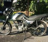 Moto Um 150zn Max