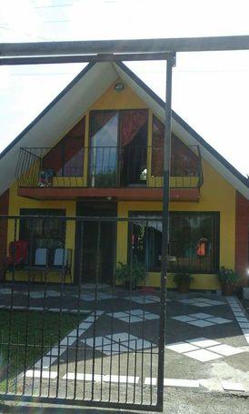 Urge vender casa estilo chalet