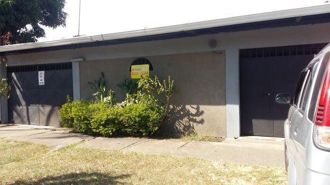 Alquilo casa Alajuela , Barrio San Jose, 1600 metros $950