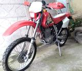 400 XR HONDA 2002