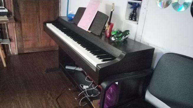 piano yamaha clavinova clp 810s de 88 teclas